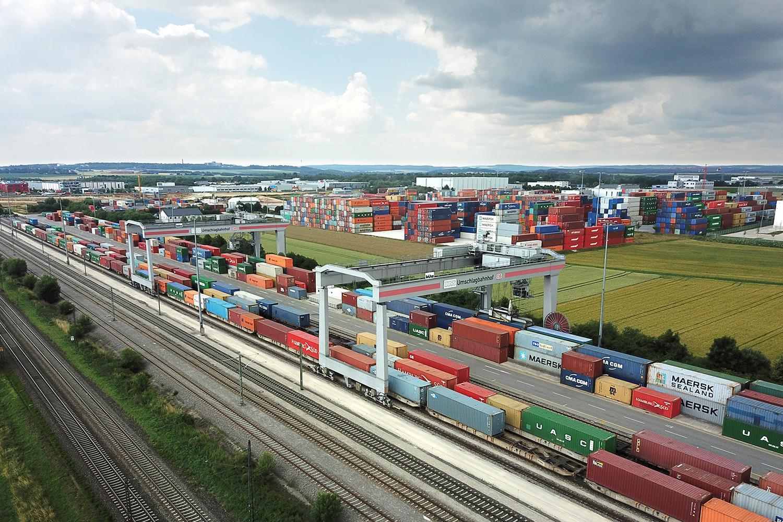 Un MAN TGX complet autonom va opera în terminalul de containere DUSS din Ulm