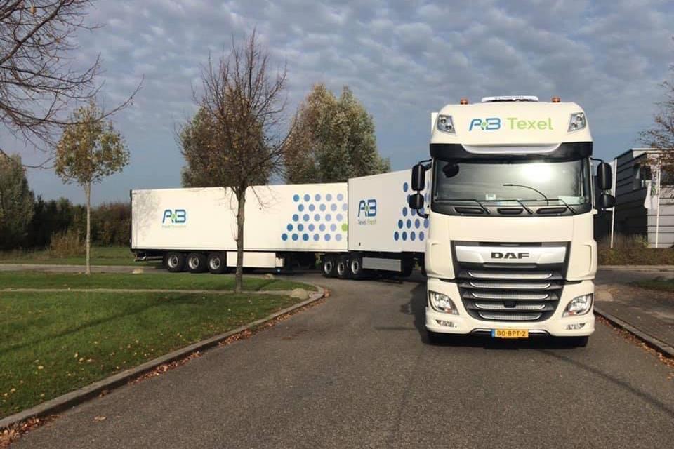 AB Texel Group utilizează camioane ultra-lungi în logistica alimentelor proaspete