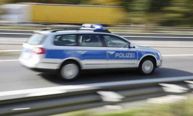 Prelatele mai multor camioane au fost tăiate într-o parcare din Germania