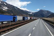 Transportatorii germani critică controalele în bloc a camioanelor din Tirol