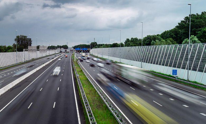 Majoritatea șoferilor olandezi de camion încalcă prevederile legate de timpii de condus și odihnă