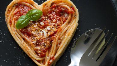 Restaurantele de pe autostrăzile din Franța pot deschide și la orele prânzului