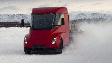 """Tesla Semi ar putea avea un """"efect fluture"""" asupra transportului de mărfuri"""