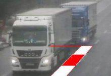 Germania   Sancționați pentru că nu au păstrat distanța de siguranță între camioane