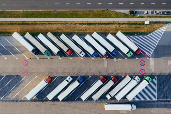 Locurile de parcare pentru camioane sunt o prioritate pentru Germania