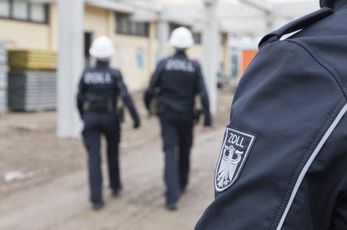 Transportator german amendat cu 204.000 de euro pentru angajare ilegală repetată