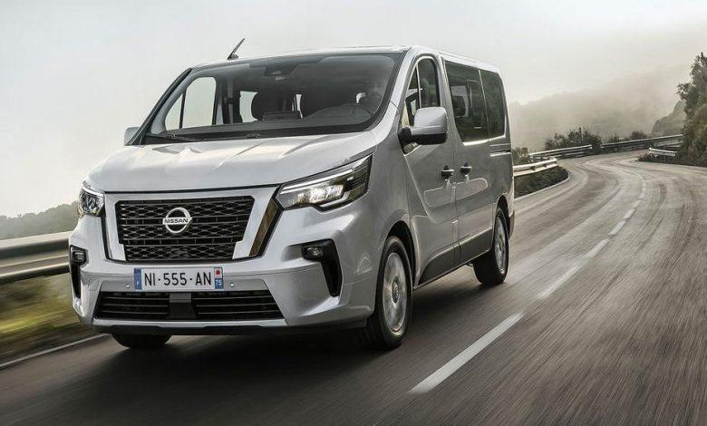 Nissan a prezentat autoutilitara de transport persoane NV300 Combi facelift