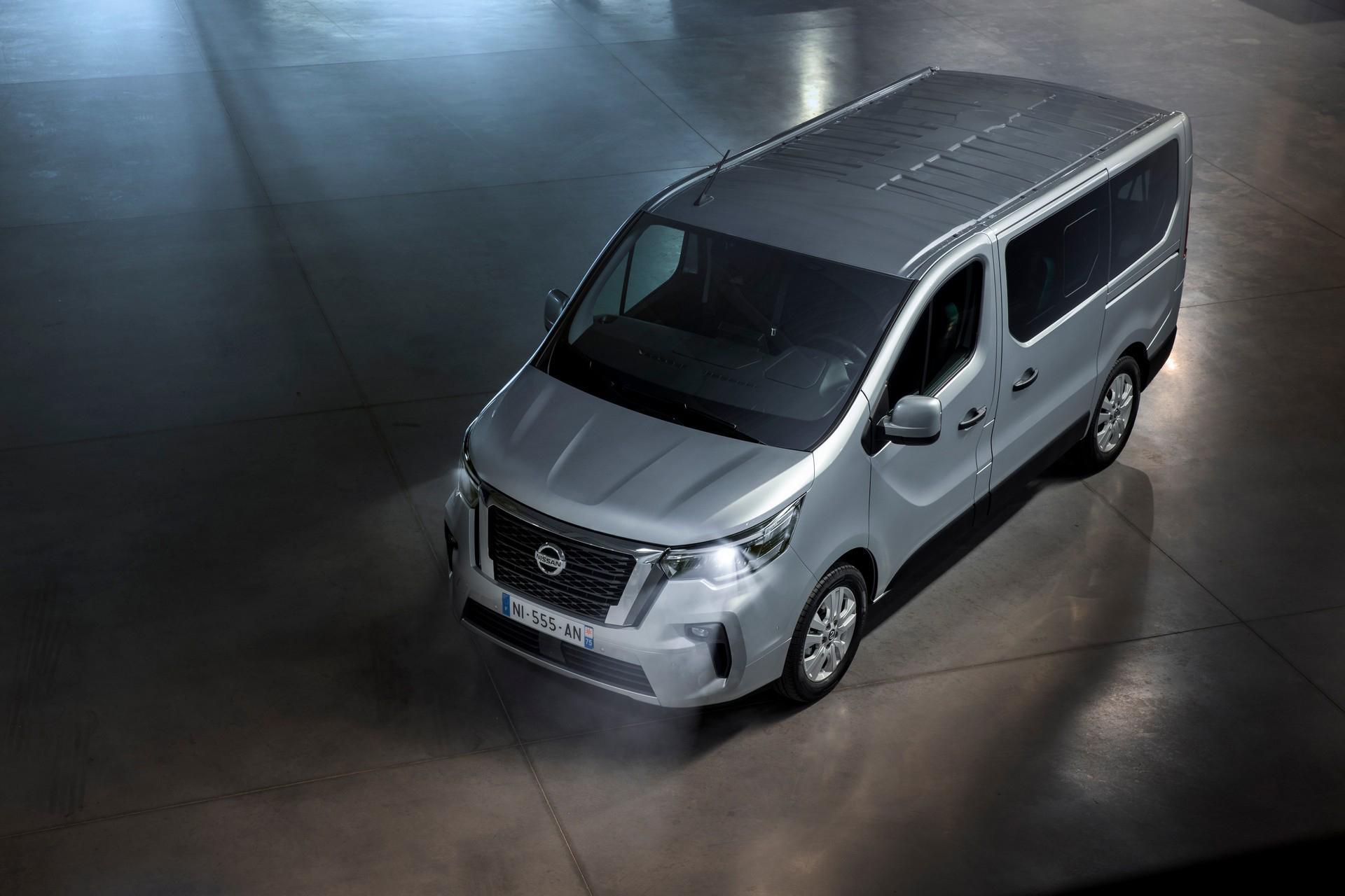 Nissan a prezentat autoutilitara de persoane NV300 Combi facelift