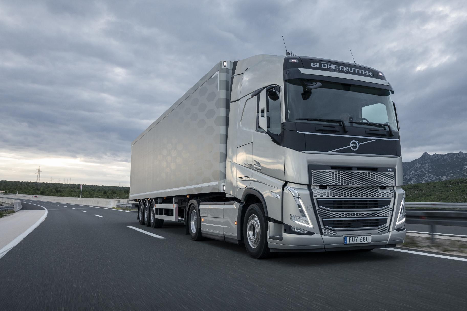 Girteka Logistics a comandat 2.000 de camioane noi Volvo FH