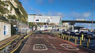 Până la 36 de ore de așteptare pentru camioanele cu mărfuri din Marea Britanie pentru UE