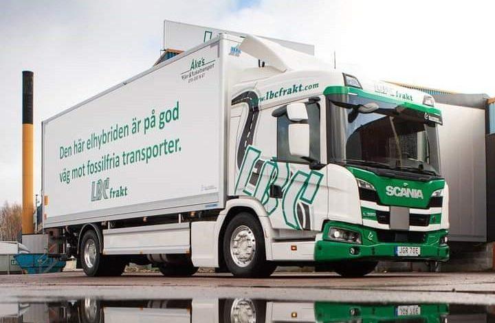 Livrări ecologice cu Scania L 320 plug-in hybrid