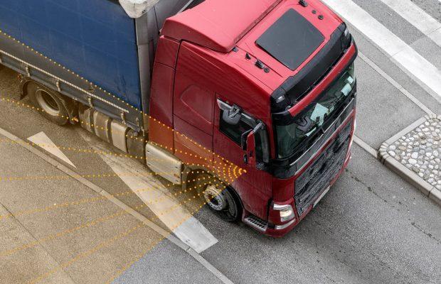 Majoritatea camioanelor din Berlin vor avea sisteme de asistență la viraj până în 2022