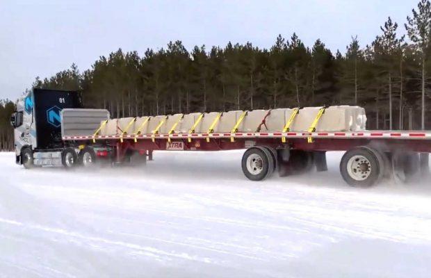 Camionul electric Nikola Tre, testat în condiții de iarnă