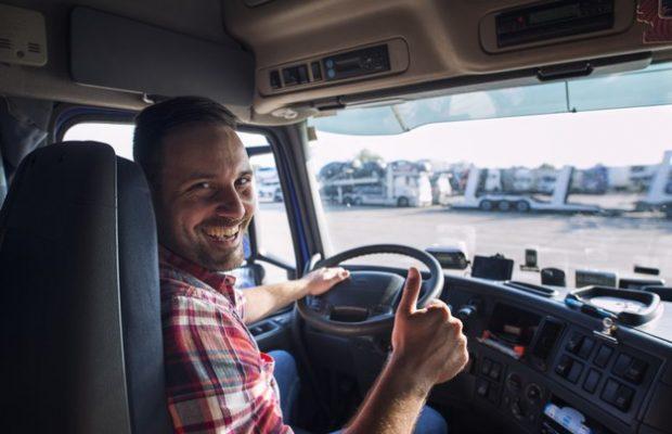 40% din camioanele înmatriculate în Polonia au șoferi din afara UE