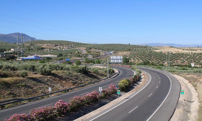 Spania ridică restricțiile pentru camioane din acest weekend