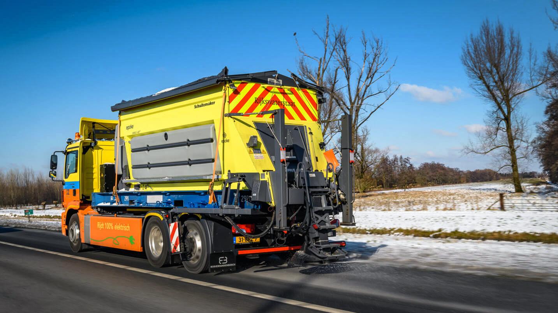 Camioane electrice MAN eTGM folosite la deszăpezire, în Olanda