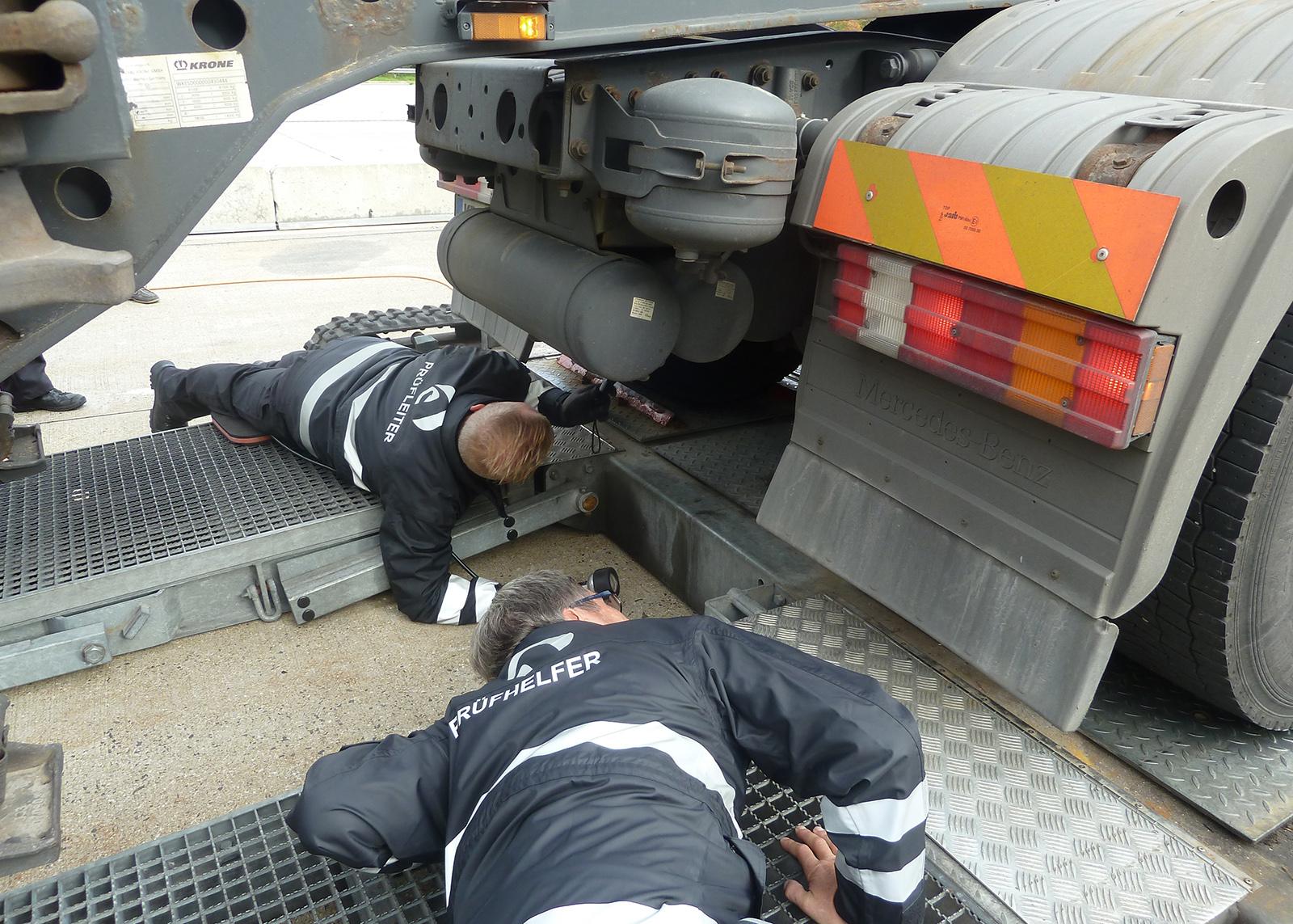 Autoritățile din Tirol intensifică controalele tehnice cu unitățile mobile