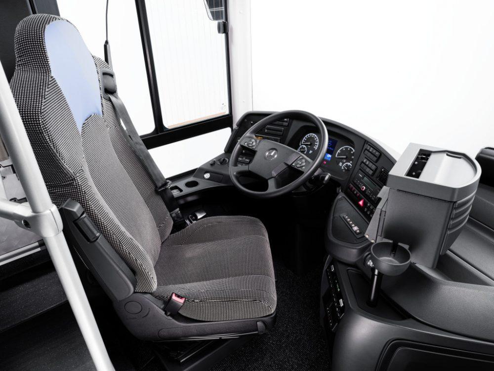 Noul autobuz interurban Mercedes Intouro, prezentat în România
