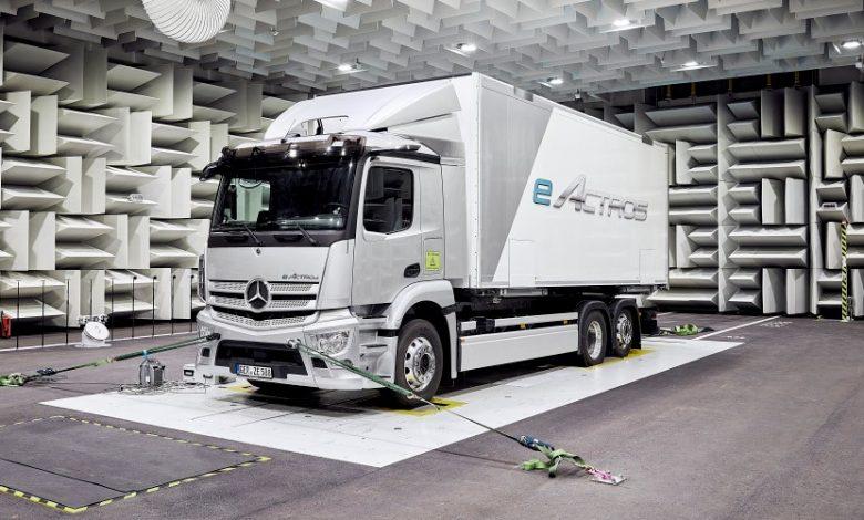 Mercedes prezintă la 30 iunie versiunea de serie a camionului electric eActros