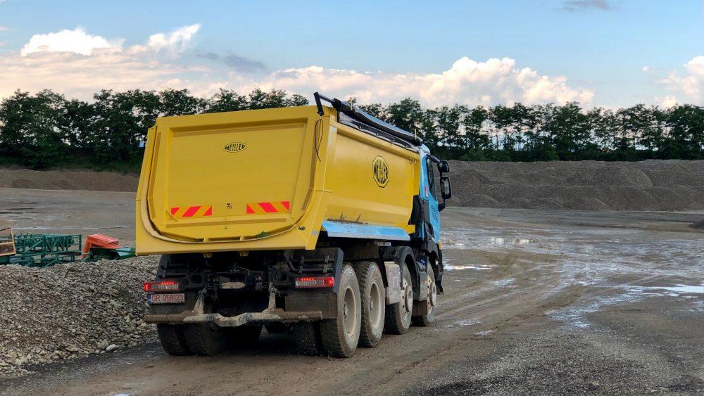 Test Renault K 520 8X4 XTREM: Durul șantierelor
