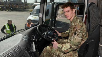Soluție disperată pentru criza de șoferi din Marea Britanie: camioanele armatei