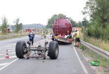 Un șofer român a rămas în mers fără o axă de la cisternă, în Germania