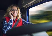 Unul din 7 șoferi de camion utilizează telefonul mobil la volan, în Franța