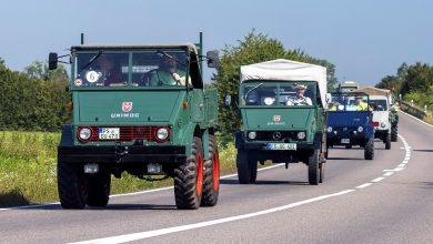 Paradă cu ocazia împlinirii a 75 de ani de camioane Unimog