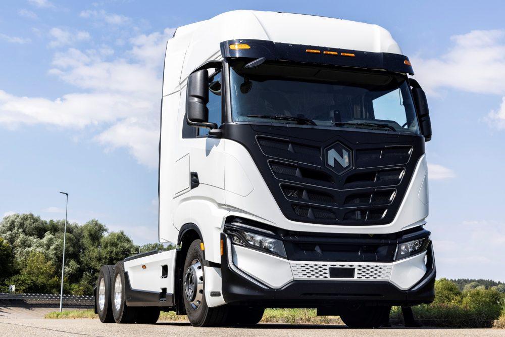 Până la 25 de camioane electrice Nikola Tre vor fi testate în Portul Hamburg