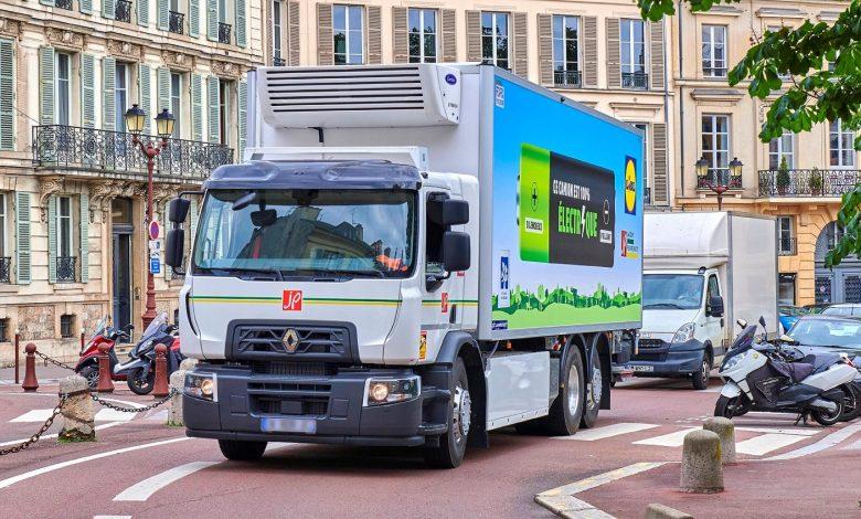 Renault își extinde gama electrică Z.E. cu o versiune D Wide de 19 tone