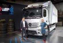 Mercedes-Benz Trucks prezintă soluții inovatoare pentru tranziția energetică în transportul rutier de mărfuri