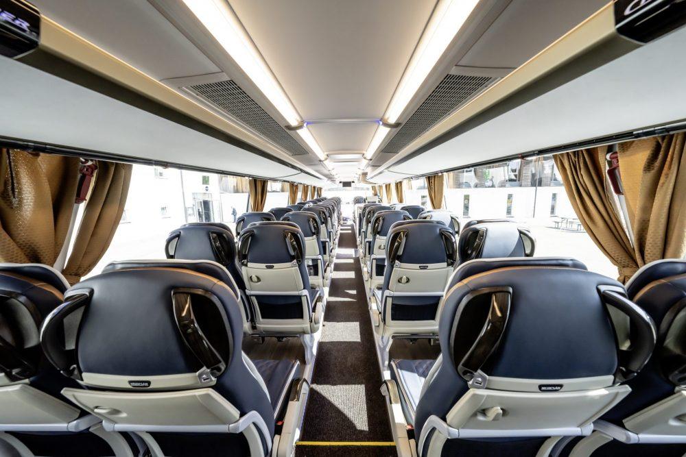 Ediție specială la aniversarea de 50 de ani a modelului NEOPLAN Cityliner