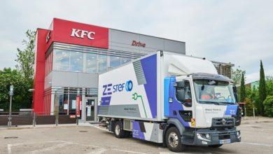 STEF face livrări în Franța pentru KFC cu un camion electric Renault