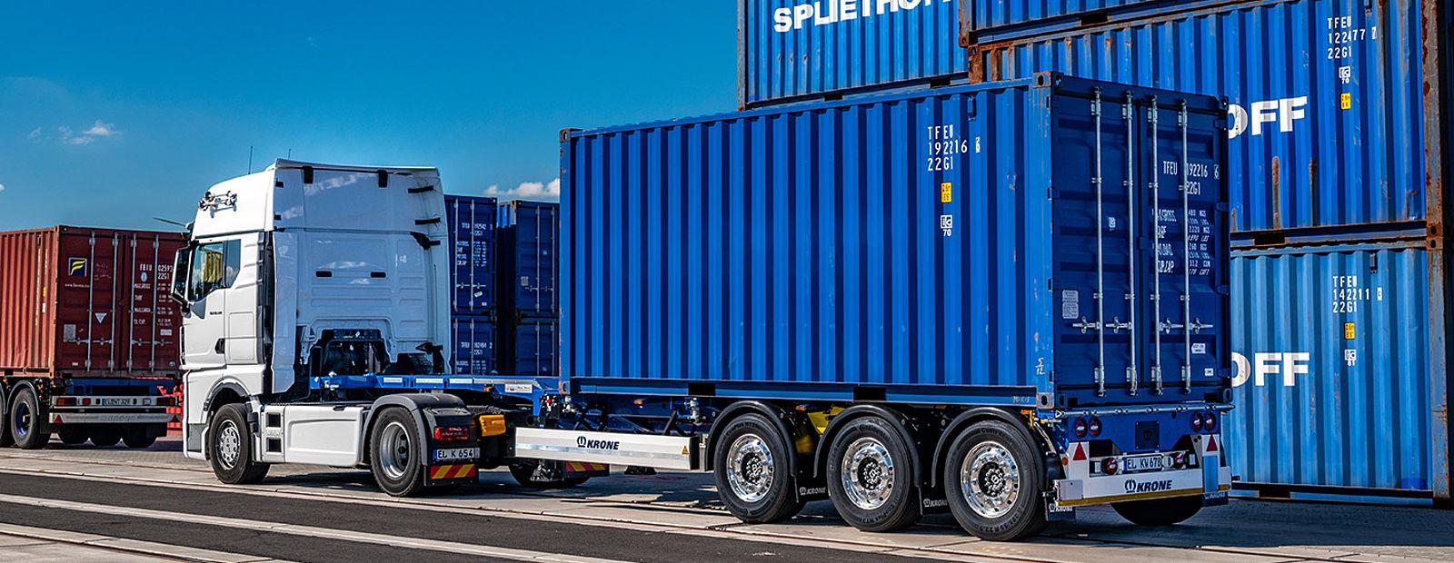 Krone Box Liner eLTU 40 Light Traction, un șasiu polivalent pentru transportul de containere