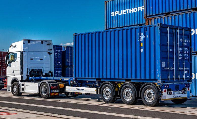 Krone Box Liner eLTU 40 Light Traction, un șasiu port-container cu tara de doar 4.2 de tone